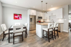 custom home builder kitchen and dining